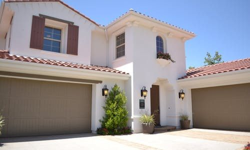 Reasons Why You Need to Replace Your Garage Door